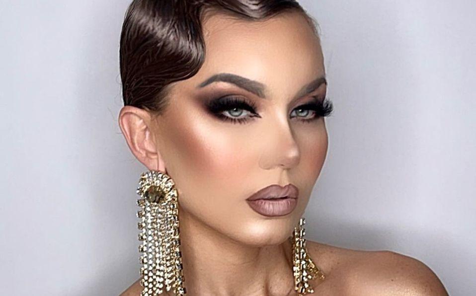 Michelle Vieth cautiva en hermoso look
