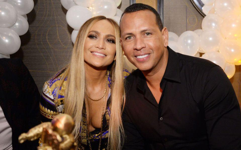 Jennifer Lopez y Alex Rodríguez niegan separación