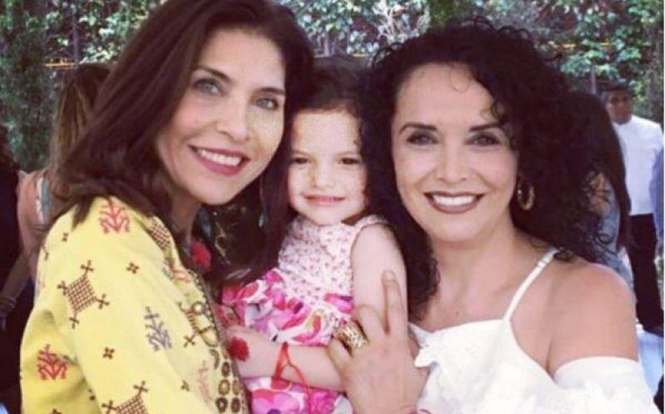 Mayra, Luciana y Lorena Rojas