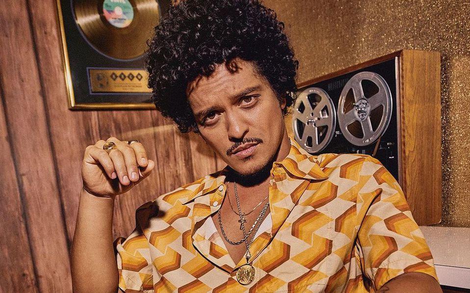Bruno Mars solía imitar a Elvis Presley en su niñez (Instagram).