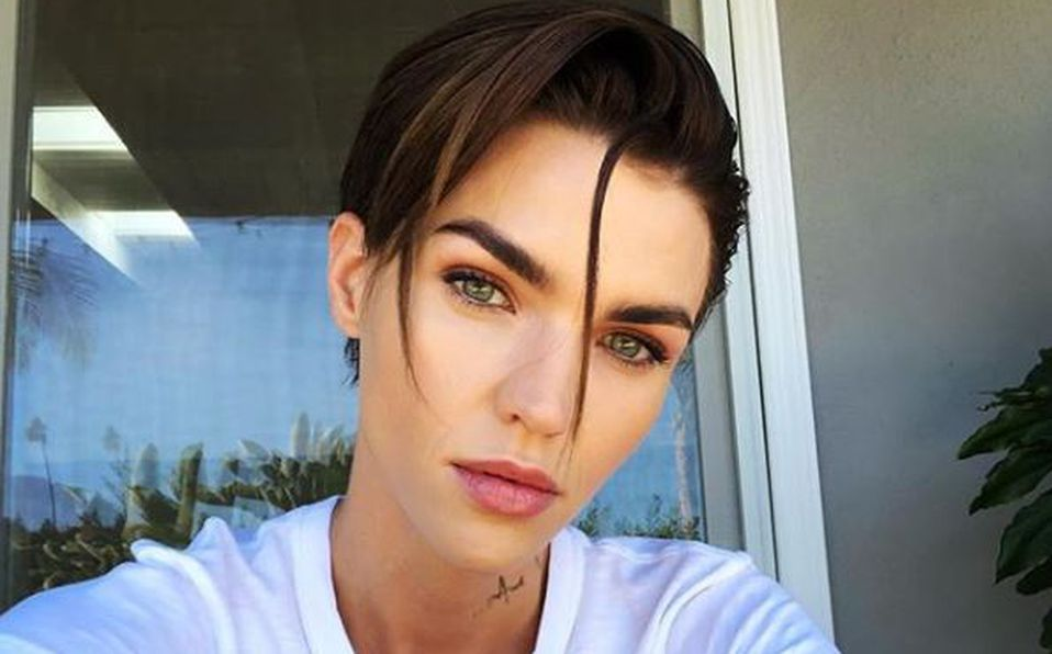 VIDEO: La cirugía de Ruby Rose que la salvó de quedar paralítica tras accidente en 'Batichica'