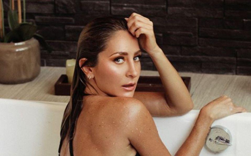 Geraldine Bazán luce su cintura en bikini negro y la comparan con Barbie