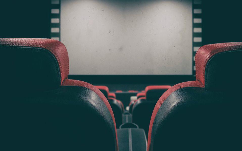 ¿Ganas de ir al cine? Puedes rentar una sala solo para ti por este precio