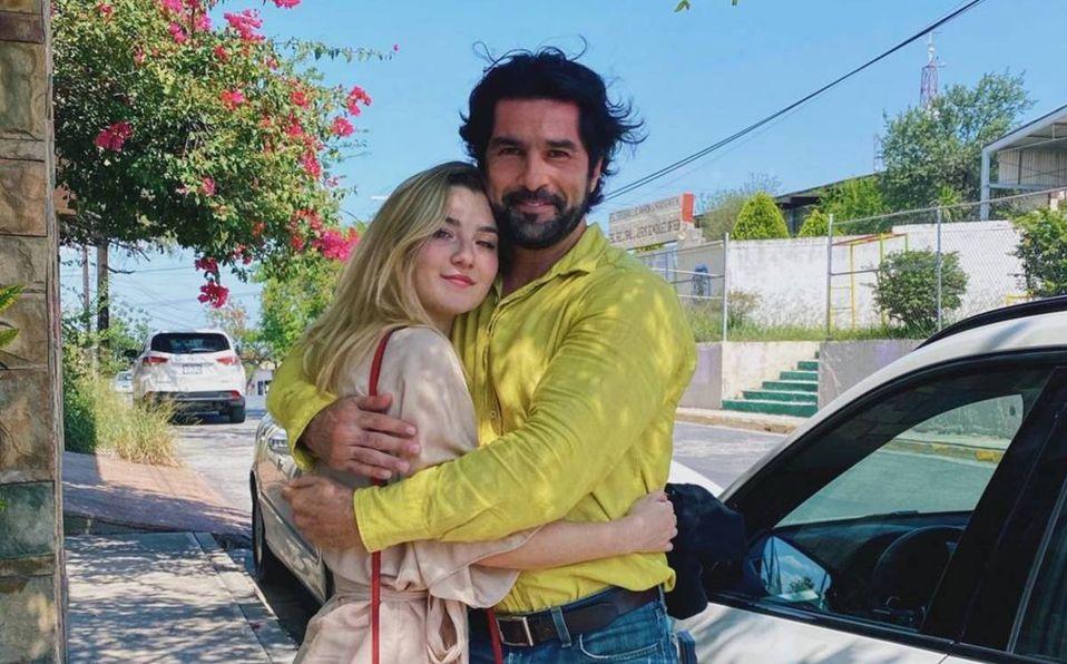Arturo Carmona y su hija Meleni causaron controversia en redes sociales