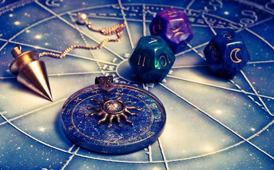 Checa tu horóscopo diario (Shutterstock).