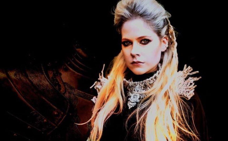 Esta es la famosa teoría de la muerte de Avril Lavigne