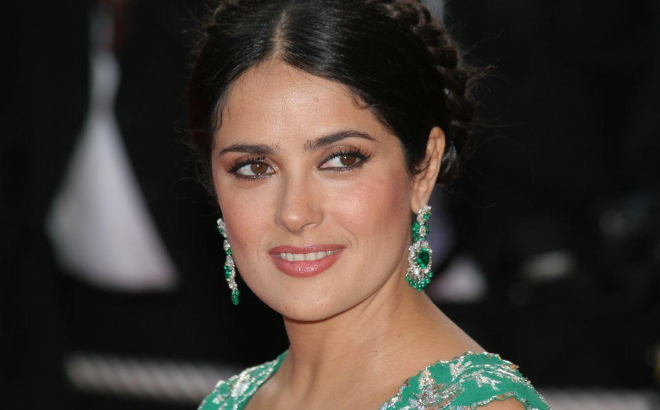 Salma Hayek heredó la belleza de su madre y esta foto es la prueba (Shutterstock).