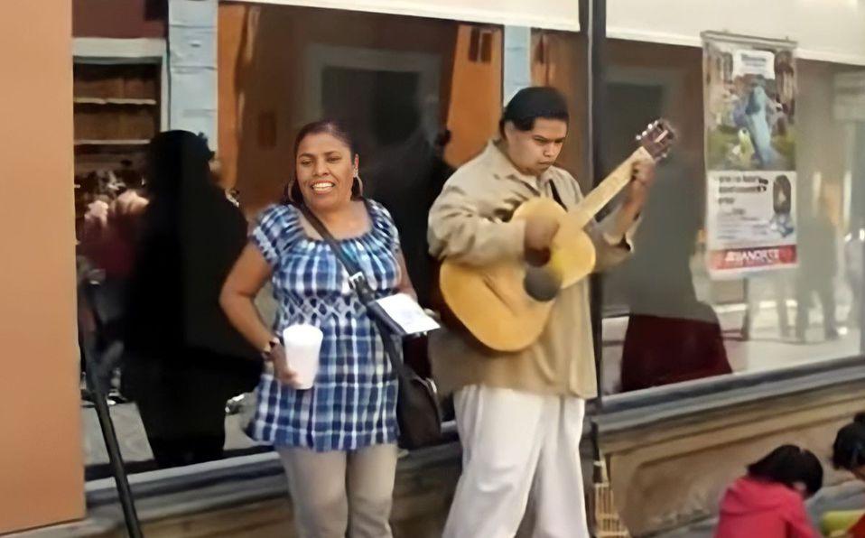 Tere Juárez, la méxicana que se volvió viral por cantar mejor que Shakira
