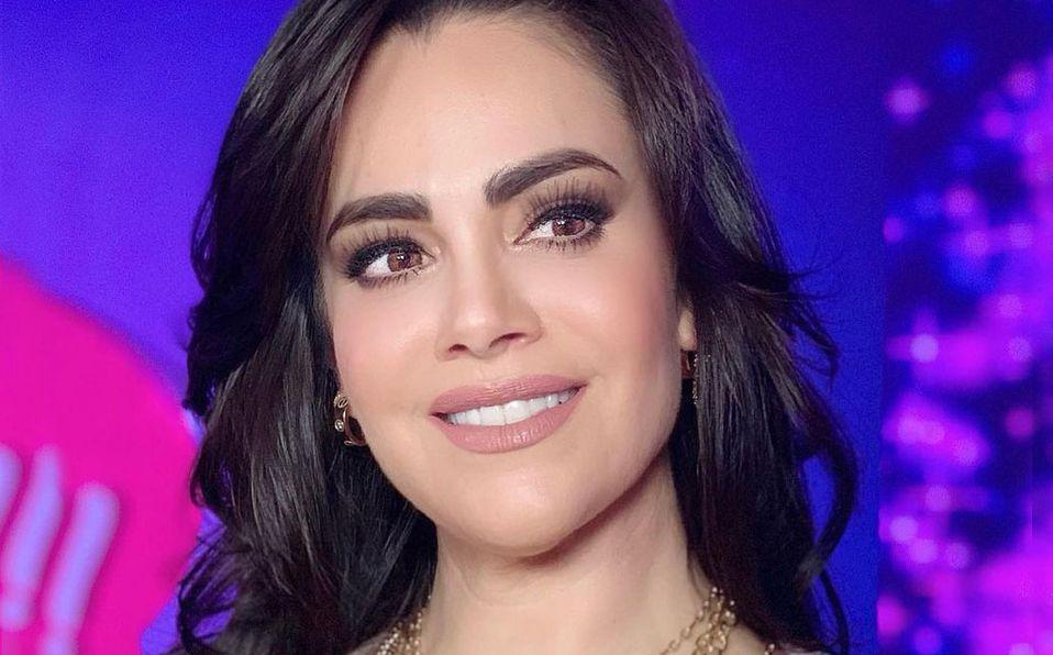 Luz Elena González recibió un reconocimiento con este look (Instagram).
