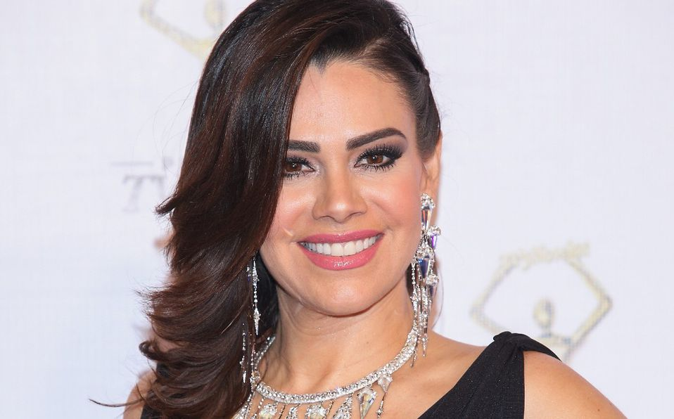 Luz Elena González revela que tuvo larvas en la cara por comer pescado crudo