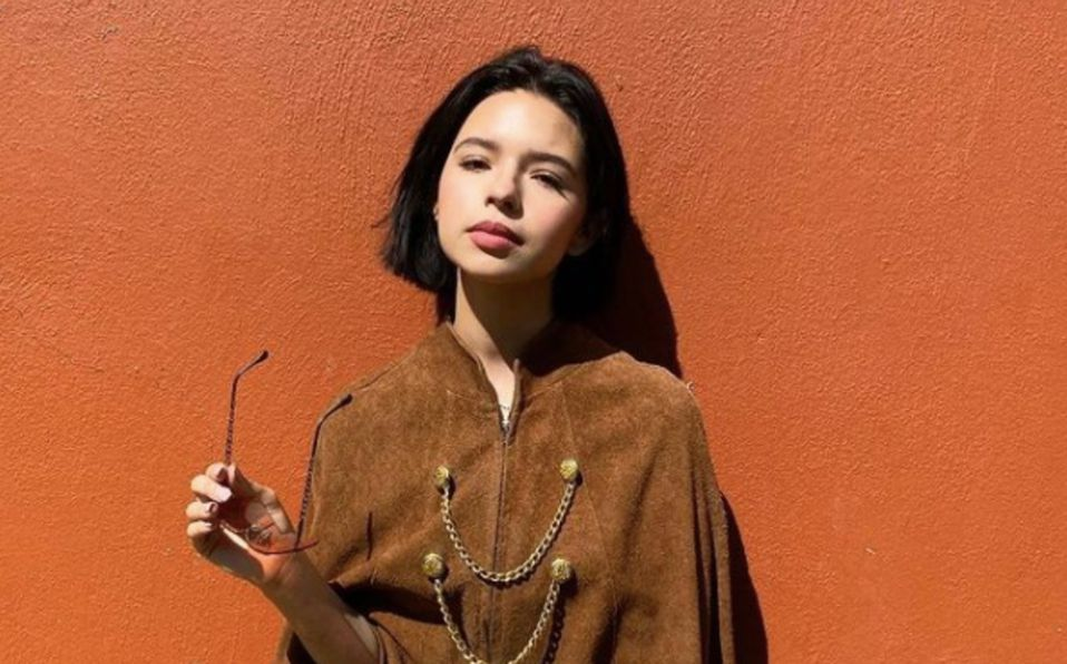 Ángela Aguilar posa con look mexicano en Instagram