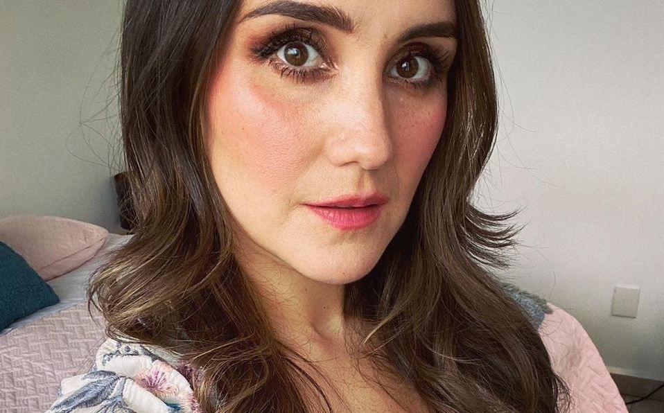Dulce María presume su embarazo con tierna foto (Instagram).
