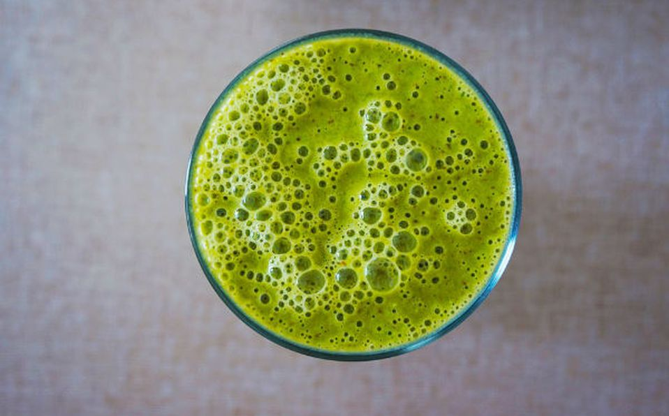 Jugo jengibre, perejil y limón para perder peso
