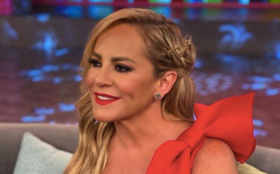 Roxana Castellanos es comparada con Jennifer Lopez en esta foto