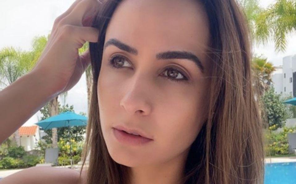 Odalys Ramírez comparte foto en bikini sin retoques