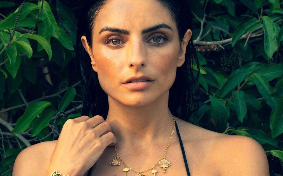 Aislinn Derbez se encuentra de vacaciones con quien podría ser su nuevo novio