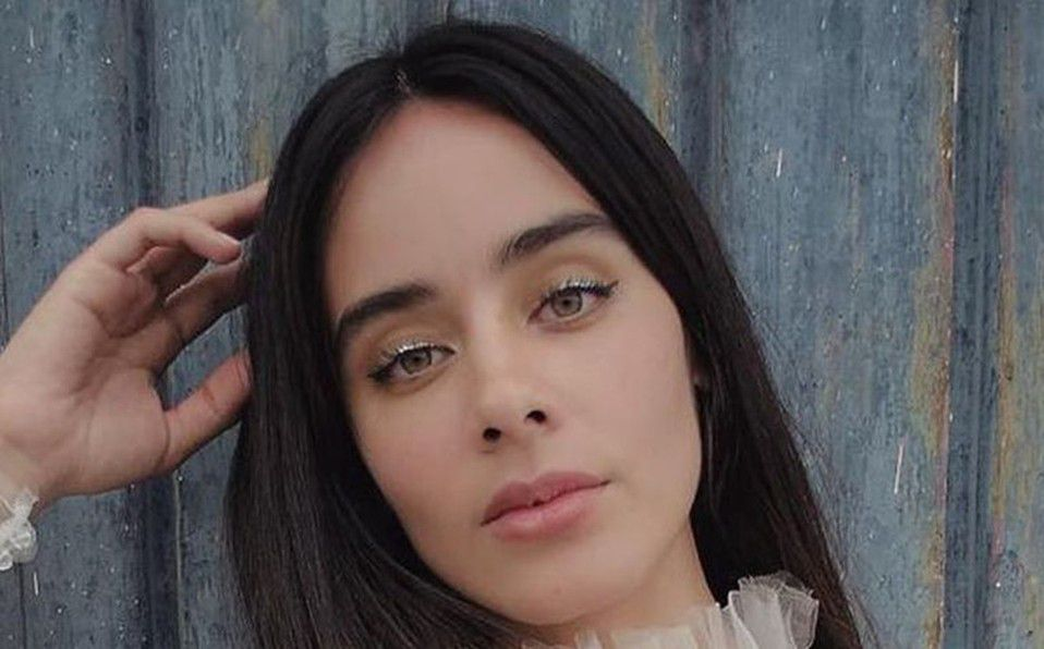 Esmeralda Pimentel responde a malas críticas por su cabello corto