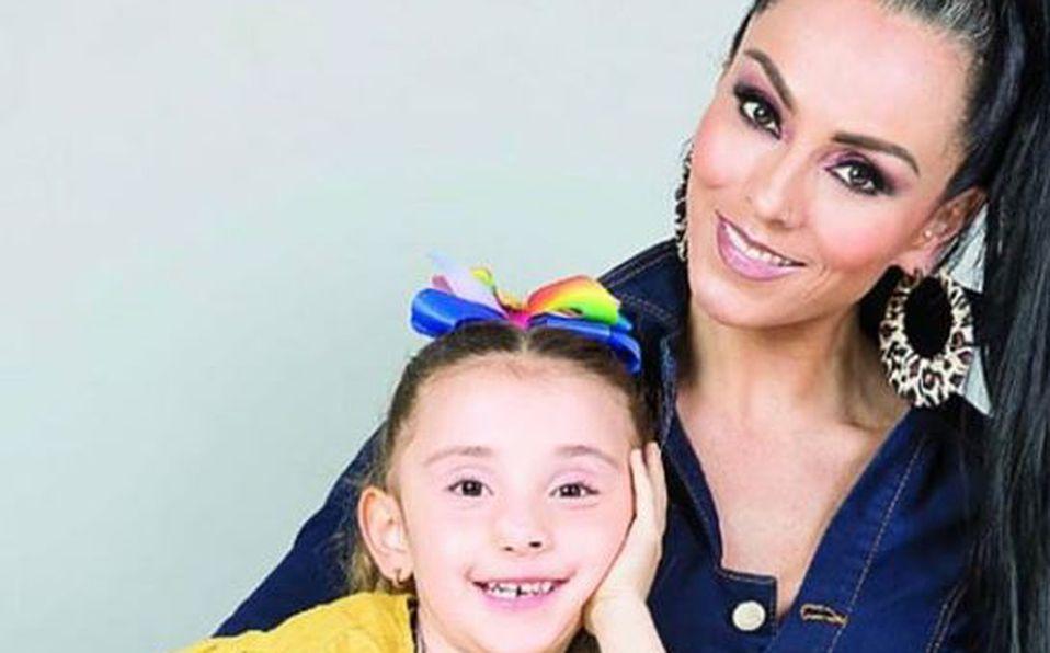 Así de hermosa luce Antonella Melanitto, hija de Ivonne Montero, vestida de bailarina
