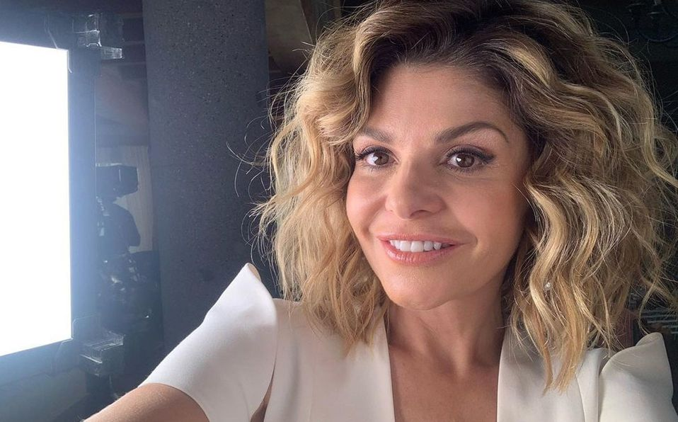 Itatí Cantoral grabó su video en la Basílica (Instagram).