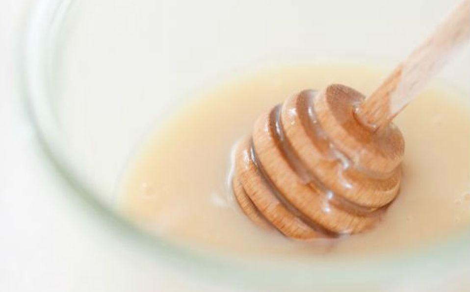 Mascarilla de miel con leche
