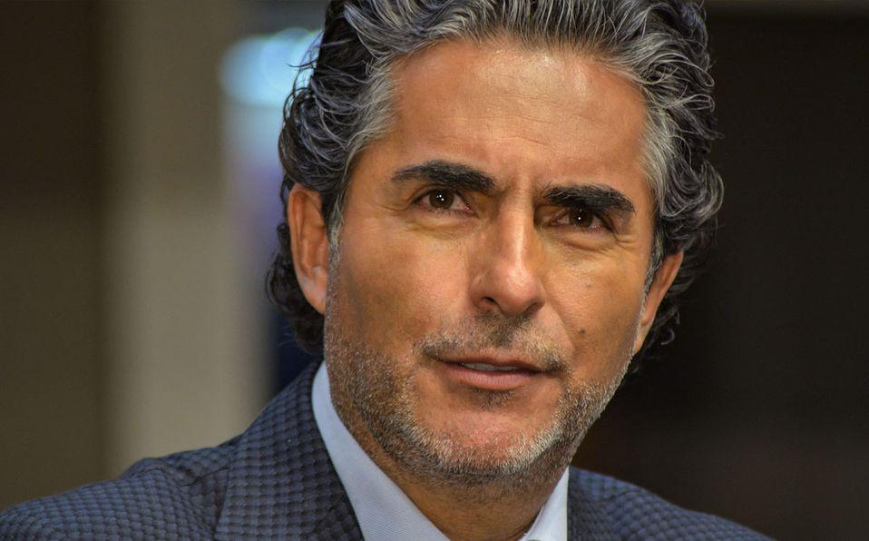 Raúl Araiza no retira su apoyo al partido (Getty).