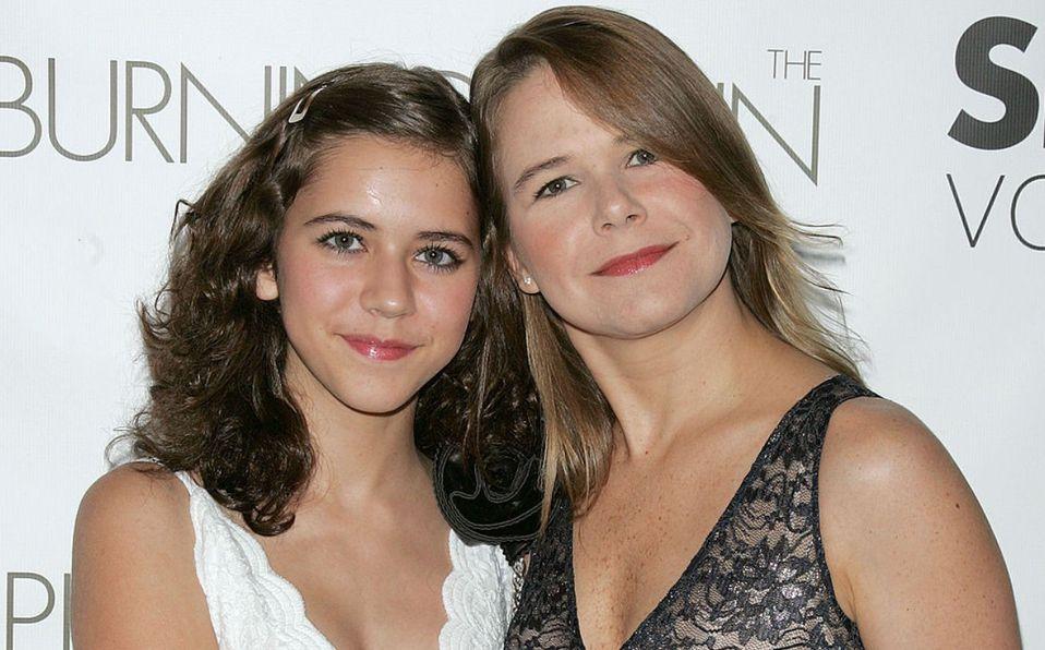 Tessa Ía y su mamá Nailea Norvind, parecido madre e hija