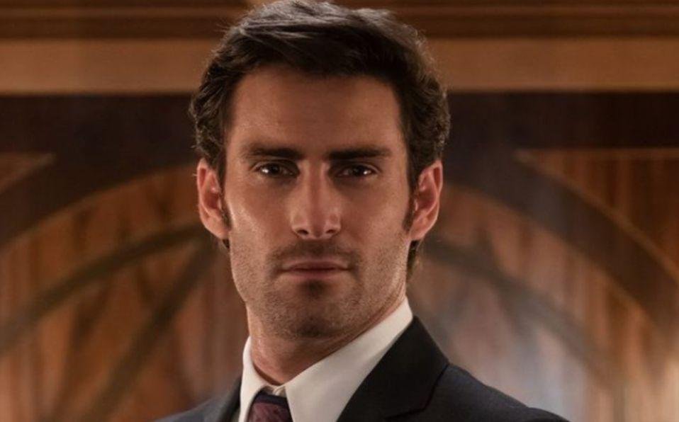 Fernando Guallar, quién es el amigo de Luis Miguel en la serie