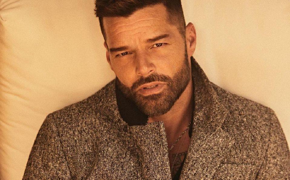 Ricky Martin aclara que se hizo en el rostro