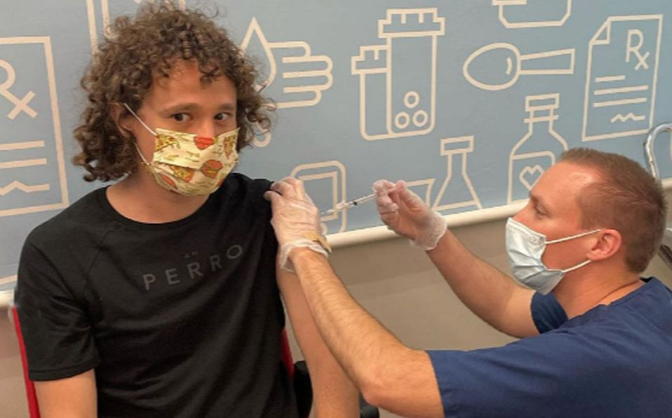 Luisito Comunica viajó a Las Vegas para recibir la vacuna (Instagram).