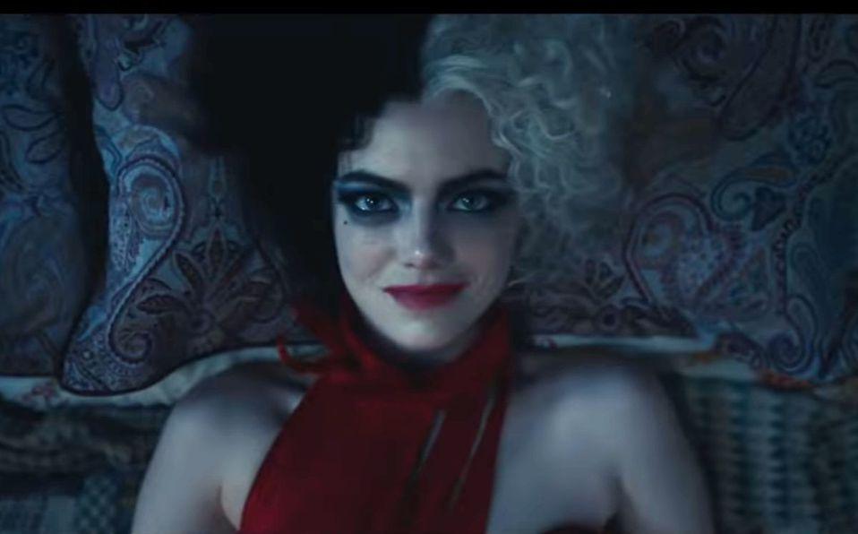Emma Stone se convierte en villana en 'Cruella' (Captura de pantalla).
