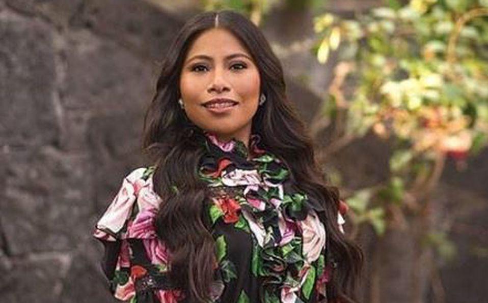 'Ya hasta sabe posar': Yaltiza Aparicio lució cuerpazo en sus vacaciones en Costa Rica