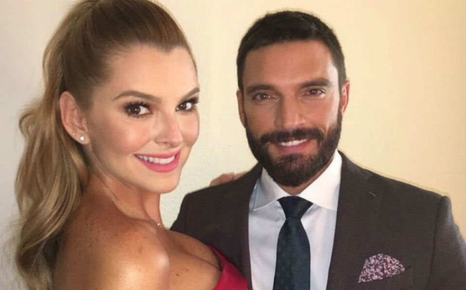 Marjorie de Sousa y Julián Gil comenzaron su relación en 2016