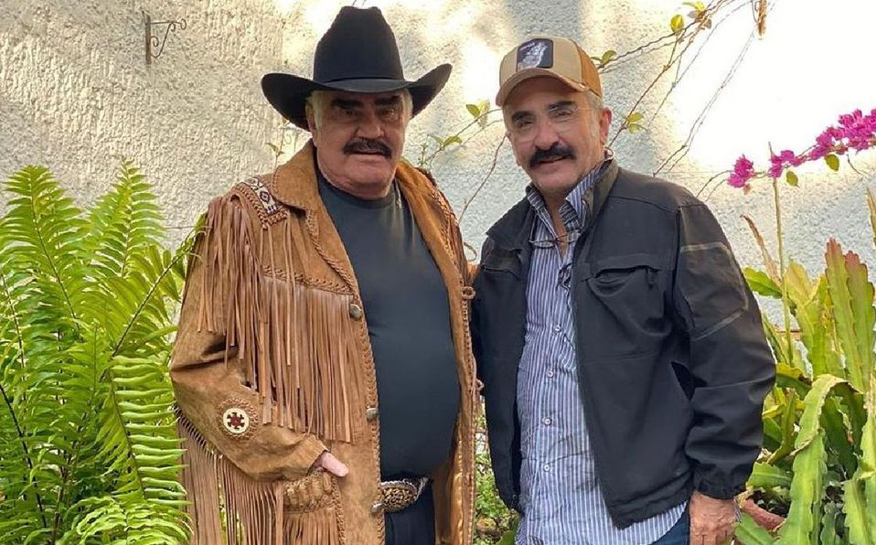 Vicente Fernández Jr dio detalles sobre el estado de salud de su papá