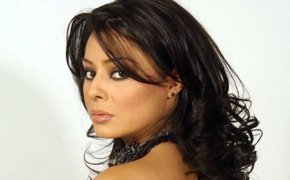 Yadhira Carillo