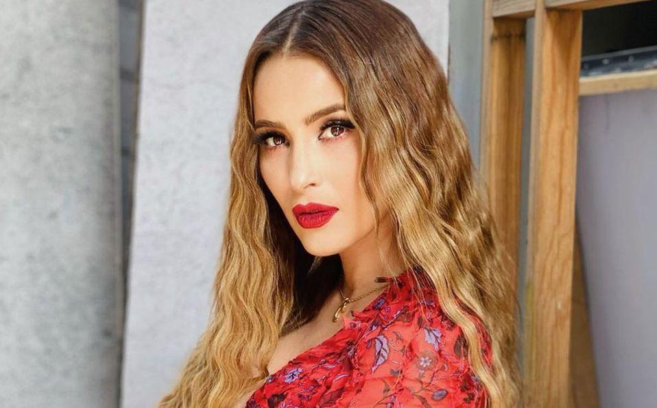 Cynthia Rodríguez sorprendió con su look (Instagram).
