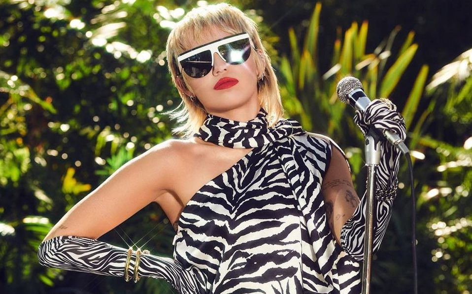 Miley Cyrus (Instagram).