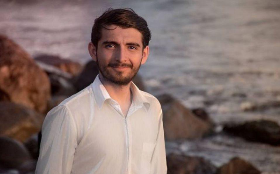 Scott Traveling, youtuber mexicano, rifa sus coches para comprar tanques de oxígeno