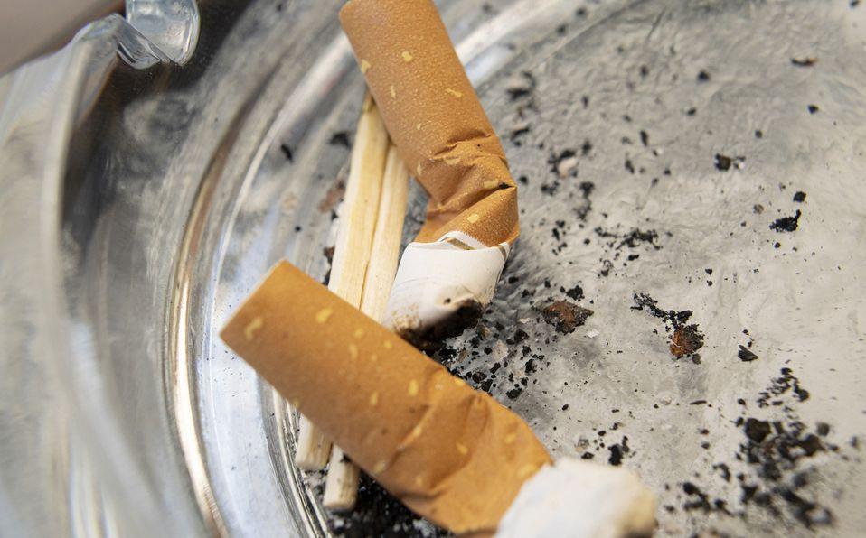 Cómo quitar el olor a cigarro de la casa