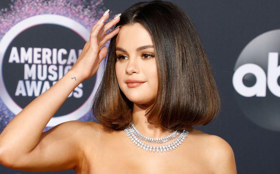 Selena Gomez modeló como nunca antes (Getty).