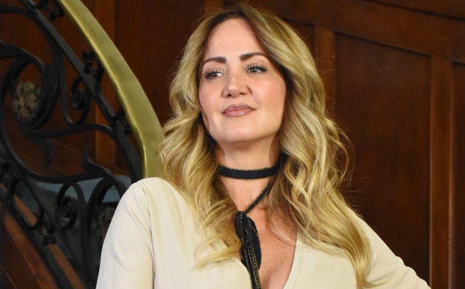 Andrea Legarreta confiesa que se negó a romper la veda electoral