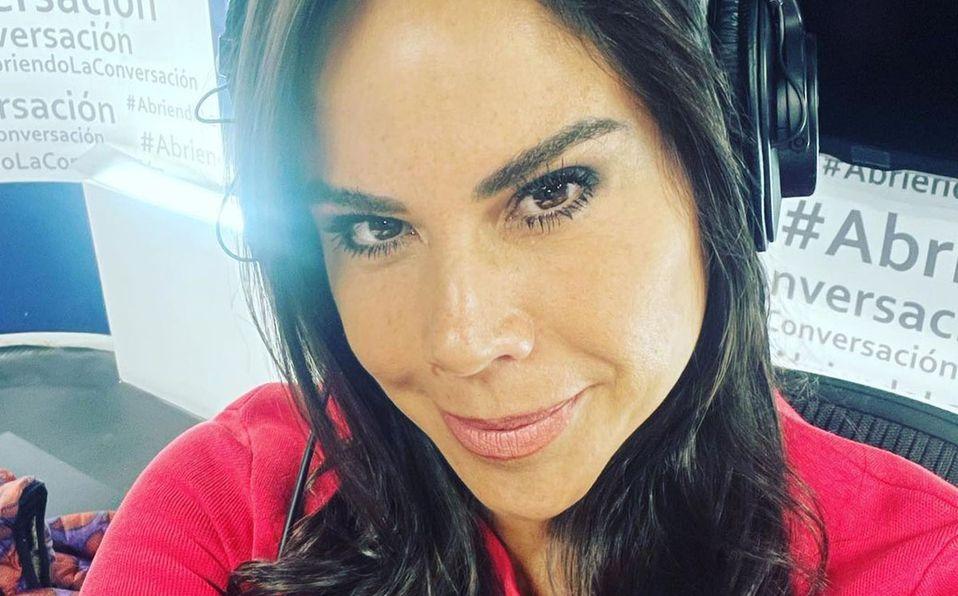 Paola Rojas reaccionó a la muerte del papá de Zague (Instagram).