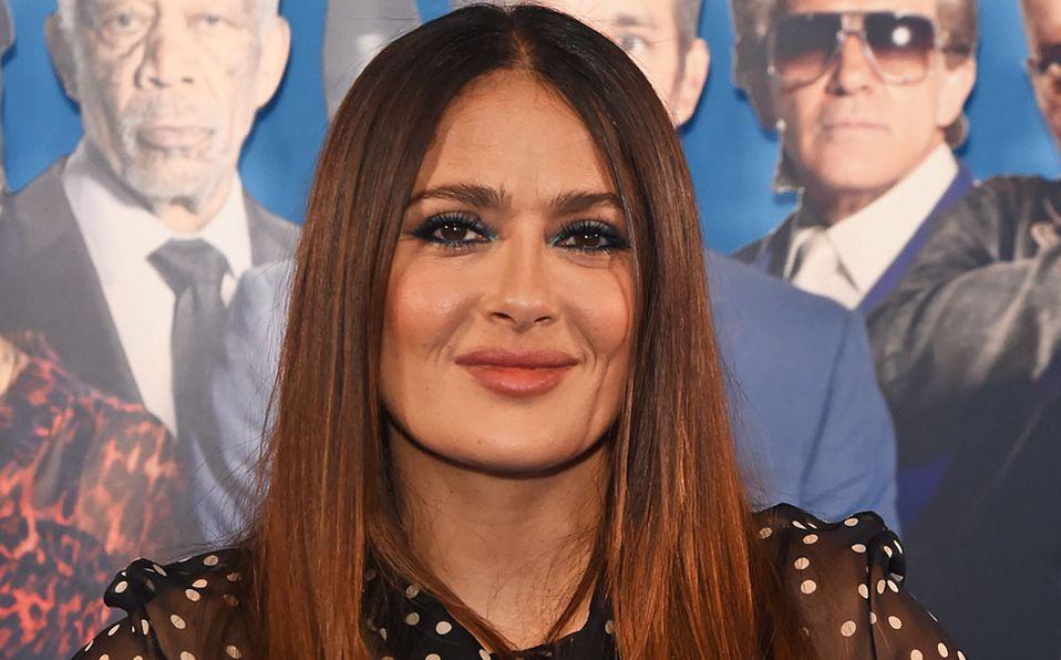 Salma Hayek protagonizó una nueva portada de revista (Getty).