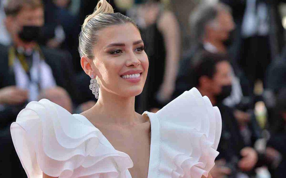 Michelle Salas luce idéntica a Silvia Pinal de joven en Cannes