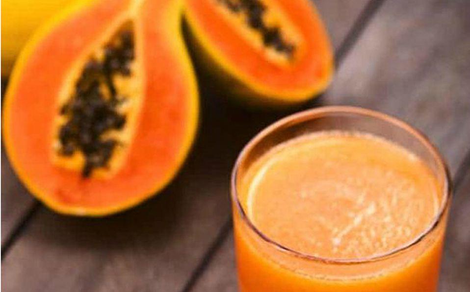 Jugo de papaya con aloe para limpiar el colon