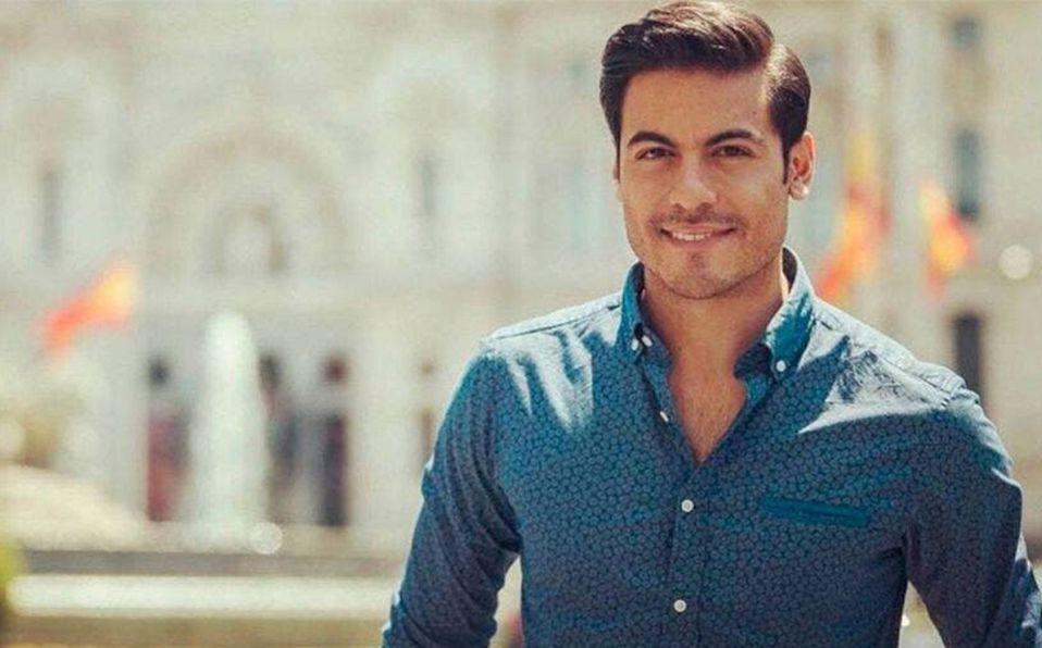 Carlos Rivera no conducirá los Latin Grammy por covid-19