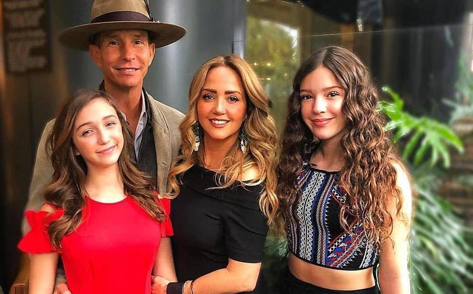 Hijas de Andrea Legarreta y Erik Rubín protagonizarán serie de TV