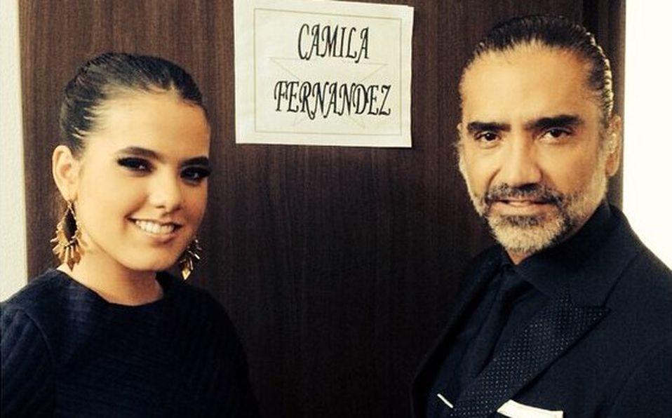 Camila Fernández llega al altar de la mano de su padre, 'El Potrillo' (Instagram).