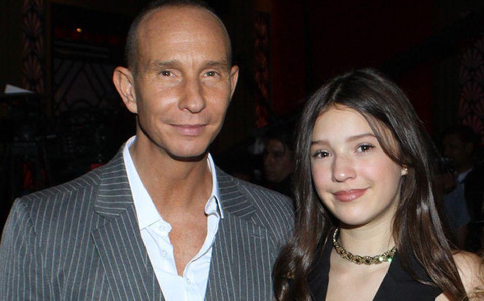 Erik Rubín era idéntico a su hija Mía cuando era joven   Fotos
