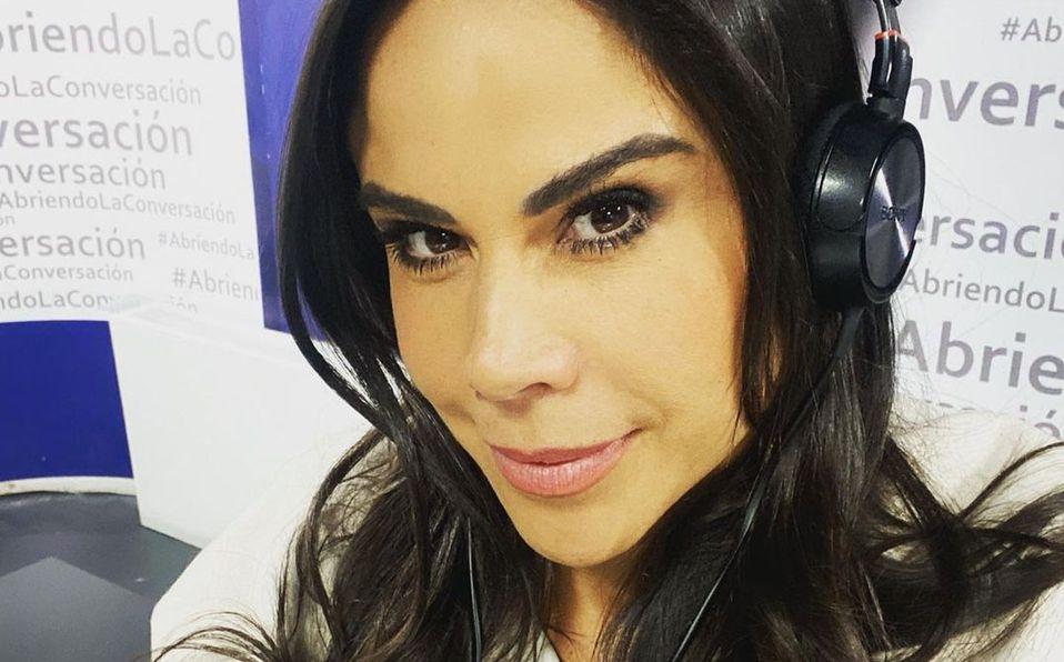 Paola Rojas sorprendió a todos con su look (Instagram).