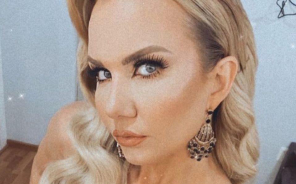 Michelle Vieth luce look parisino en Instagram